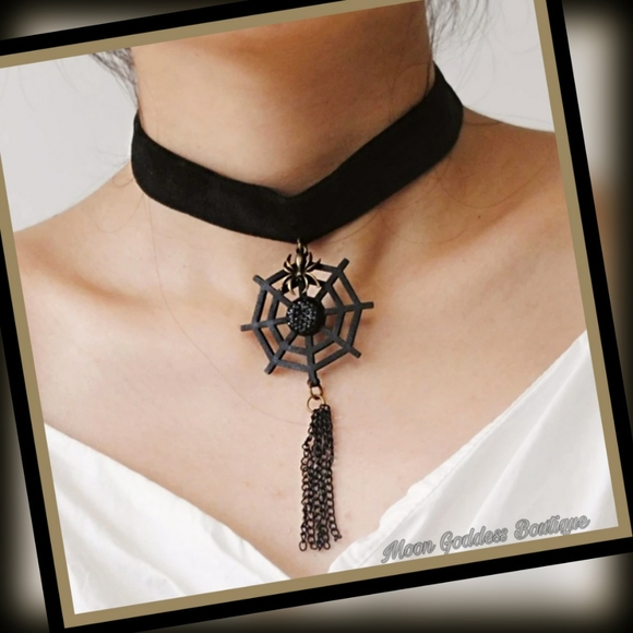 Gothic Leather Spider Web Choker Halloween Necklace